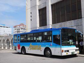 沖縄★海を求めて石垣島一周バスの旅。