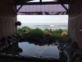 虎杖浜温泉『民宿500マイル』で海間近の露天風呂と海の幸の夕食
