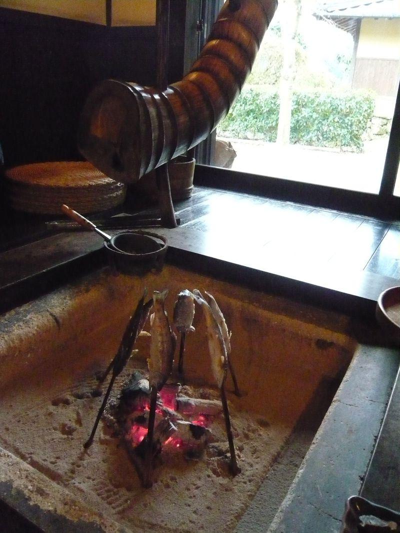古民家「石畳の宿」の田舎料理を楽しみに、愛媛県内子町の山里へ!