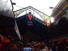 目と舌で味わえ!活気溢れるバルセロナの台所「ボケリア市場」