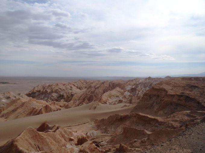 変化に富んだ不思議なアタカマ探検ツアー