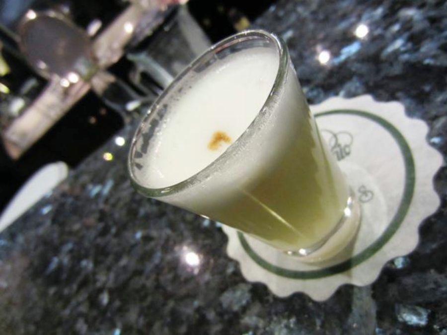ブドウの蒸留酒ピスコ、サワーとして愛される飲み物