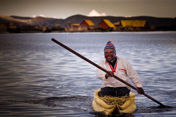 世界最大級、最高所の湖は今もインカの文化が受け継がれています