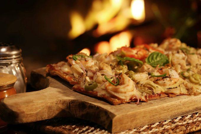 自家製釜焼きピザが絶品