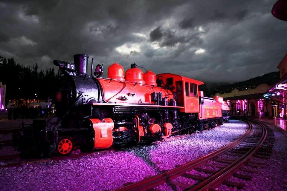 4.エクアドル列車