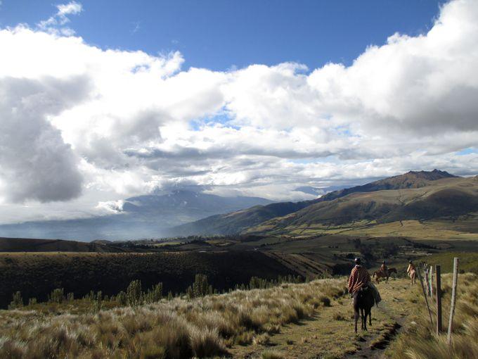 アンデス山脈を馬でお散歩