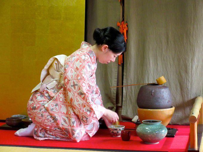 一番人気は着物での茶道体験