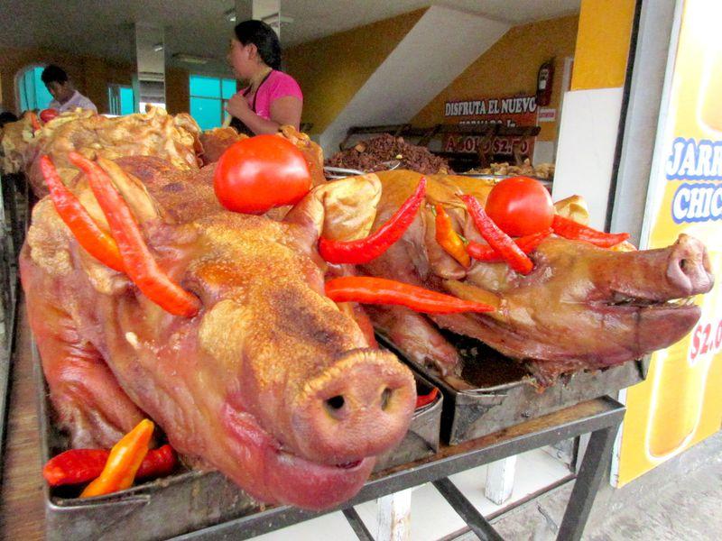 アンデスの地元料理を堪能!キトの市場「メルカド・イニャキト」