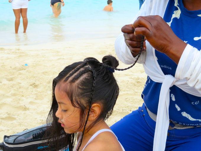カリビアンブルーのビーチを楽しもう!