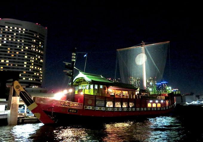 水戸岡鋭治氏プロデュースによる豪華絢爛な船