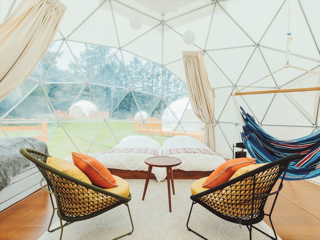 正に驚きのドームキャンプ