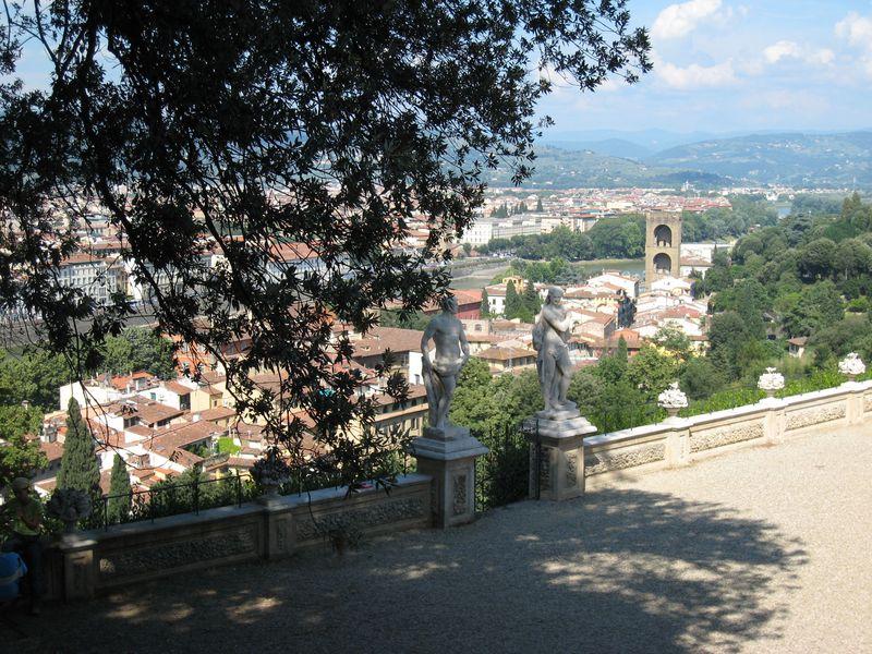 貴族が見た風景!世界遺産「フィレンツェ歴史地区」で庭園巡り