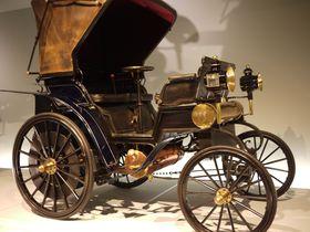 自動車ファン必見!ドイツ「メルセデス・ベンツ・ミュージアム」