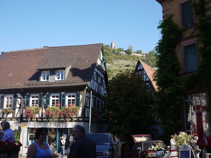 旧市街にいてもやっぱり気になるのは山頂のお城