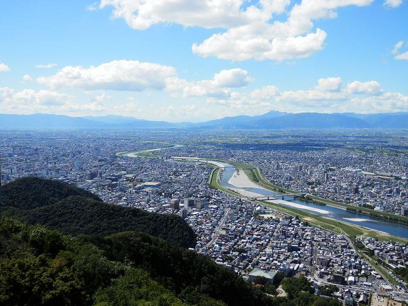 山頂には岐阜城が!初心者でも気軽に楽しめる金華山登山
