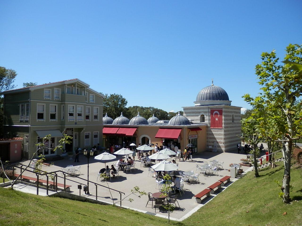 日帰りで世界一周旅行できる「野外民族博物館 リトルワールド」