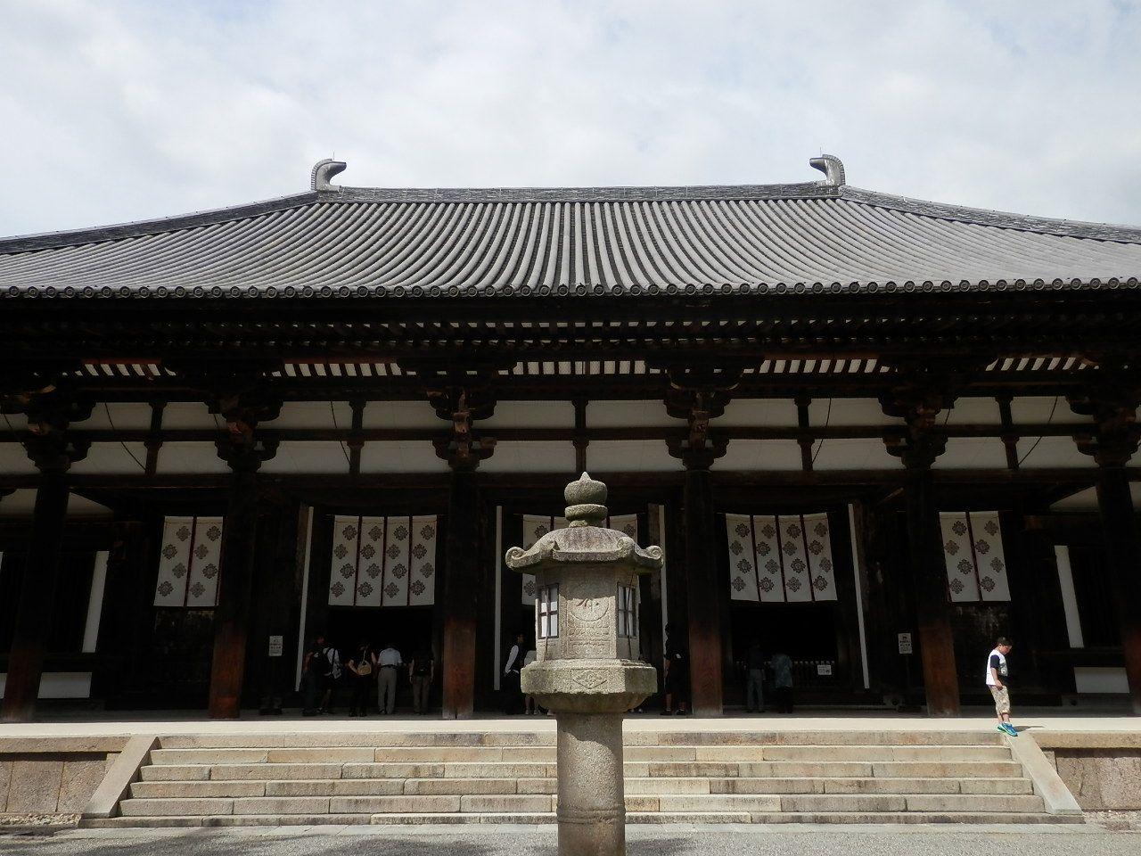 日本仏教を正しい方向へ導いた偉人、鑑真創建の唐招提寺