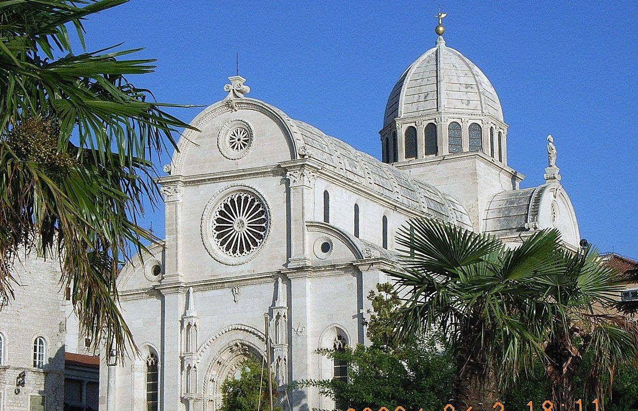 教会が集中する旧市街