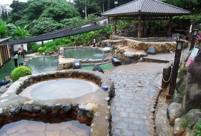 2.親水公園露天温泉浴池