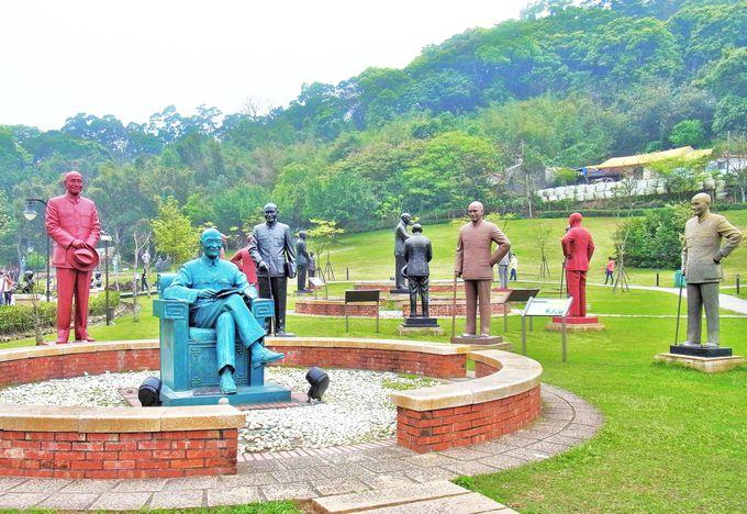 これが驚きの「大渓慈湖雕塑紀念公園」!