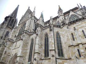 『オルフェウスの窓』の舞台!世界遺産レーゲンスブルクにあるドイツ最古の4つのスポット!
