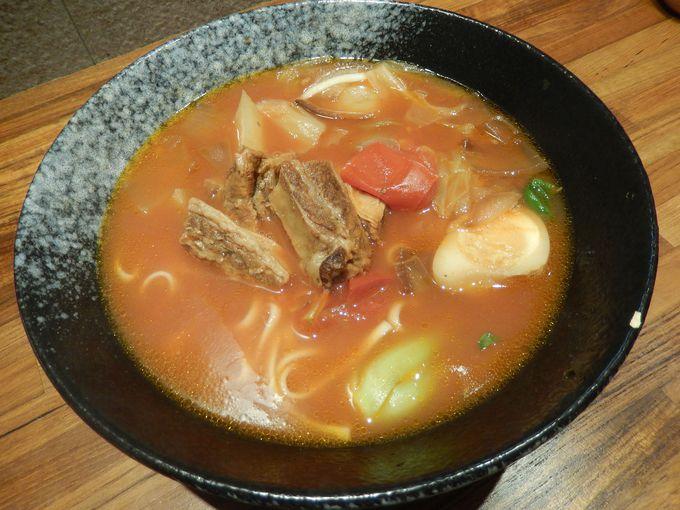 トマト味の洋風麺『羅宋番茄牛肉麵』