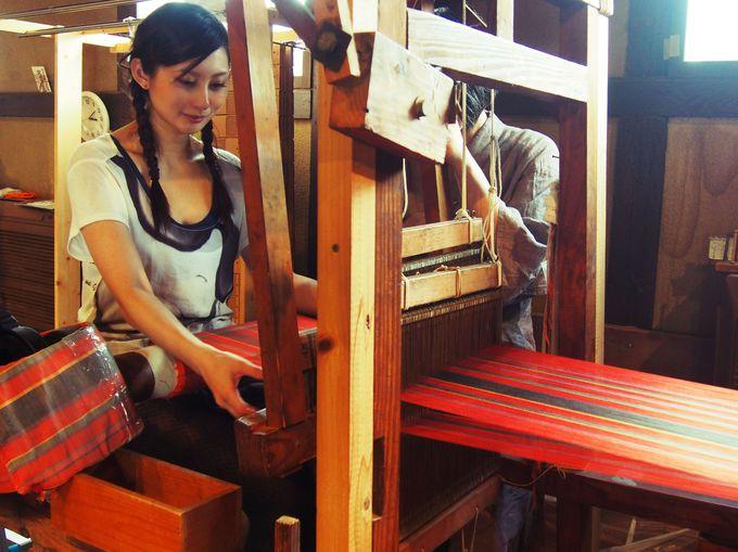 貴重な博多手織りを体験