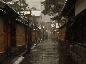 雪の季節こそ風情たっぷり。冬に訪れたい!金沢・長町武家屋敷跡