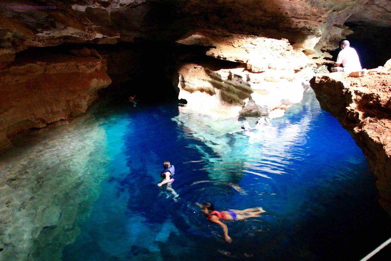 から 洞窟 の ここ まで 青 沖縄「青の洞窟」でシュノーケリング 旅プラスワン