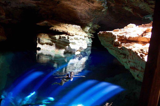 ブラジル版「青の洞窟」は奇跡の洞窟!