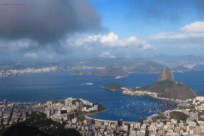 リオのシンボル、コルコバードの丘からキリスト像が眺める風景とは?!