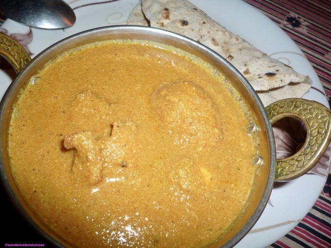 やっぱり肉が食べたい!インドではチキンかマトン