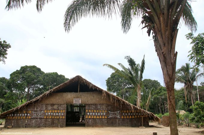 伝統的なダンスにアート!先住民族の村へ