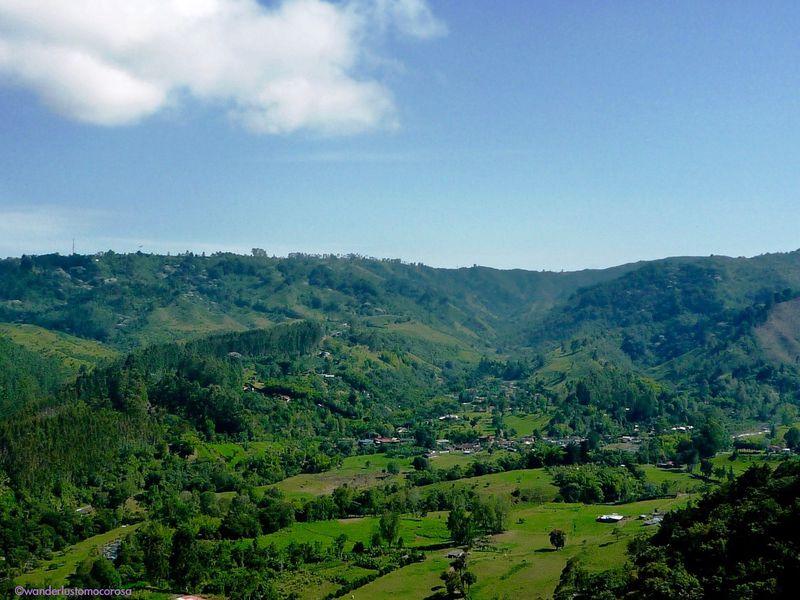 世界遺産のコーヒー生産地、コロンビアの小さな町「サレント」