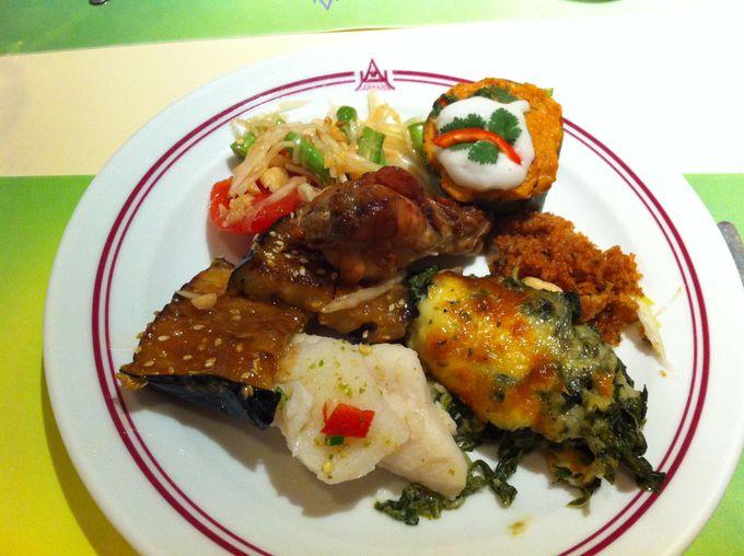 食べたかった本場タイ料理を少しずつ堪能