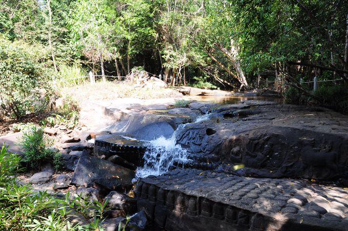 水源の遺跡が持つ多くの願い