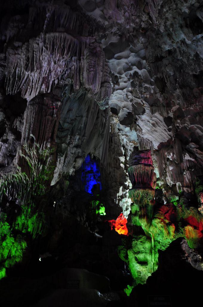 2.ティエンクン洞窟