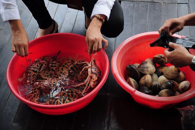新鮮な海産物をその場で調理!!