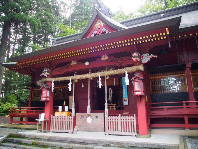 登拝の前には浅間神社で登頂祈願を