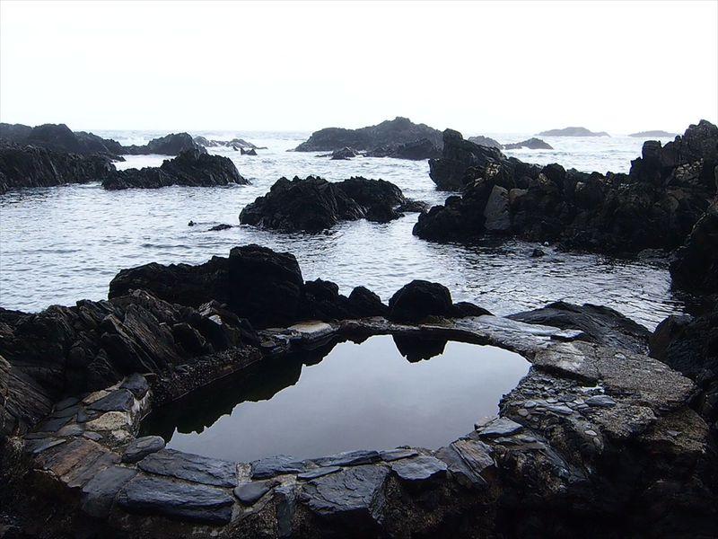 ひと月に35日雨が降る—屋久島の『水』を堪能する旅—