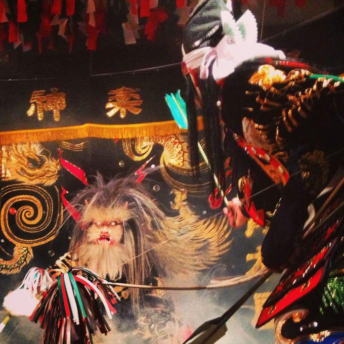 伝統芸能「石見神楽」は神社で酔いしれて