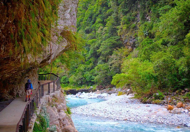 台湾「太魯閣国家公園」トレッキングと先住民族に出会う旅
