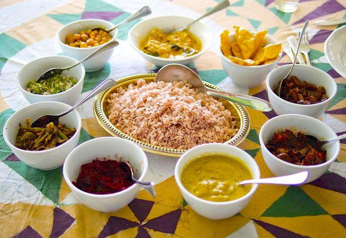 ジェフリー・バワのレシピでいただくスリランカ・カレー