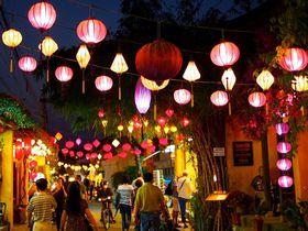古き良き港町 ベトナム世界遺産「ホイアン」のランタンの下で