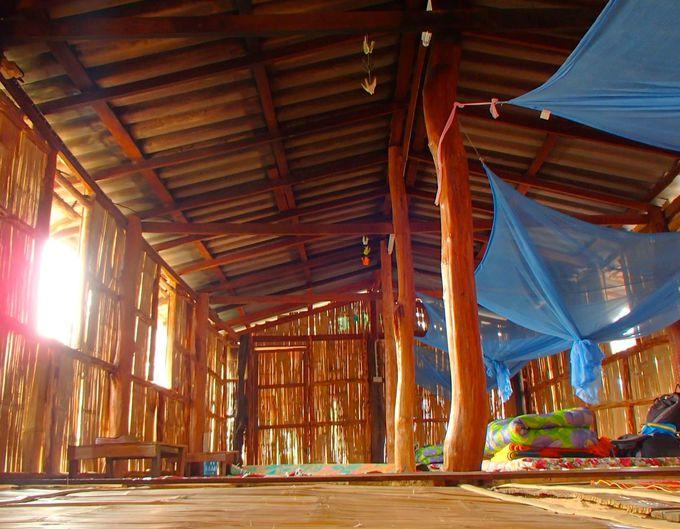 柔らかな暮らしをカレン族伝統の「バンブーハウス」で