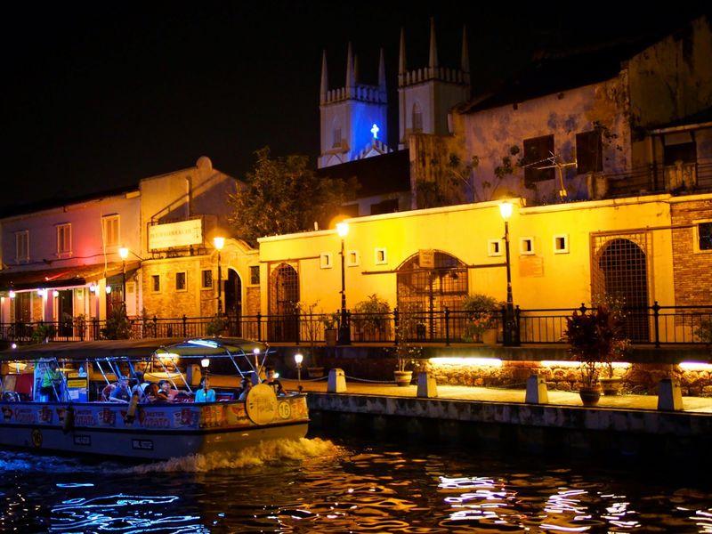 「マラッカ」は夜がいい!マレーシア世界遺産の街でロマンティックに浸ろう