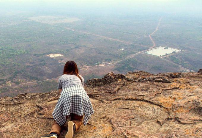 625メートルの断崖から見下ろす絶景に古代の歴史を感じて