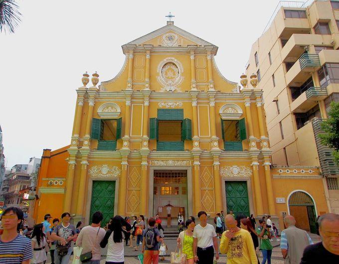 「聖ドミニコ教会」は博物館が狙い目!