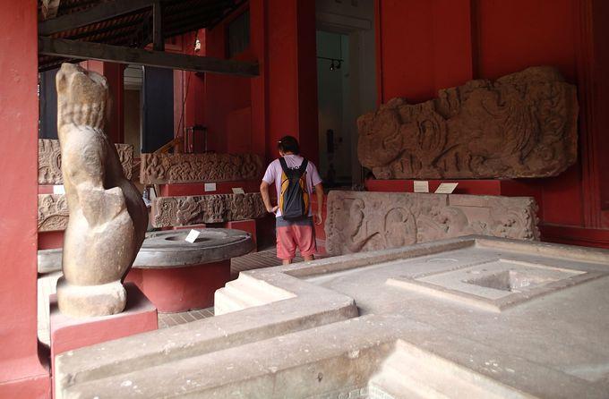 クメールから日用品までカンボジアの芸術に触れる