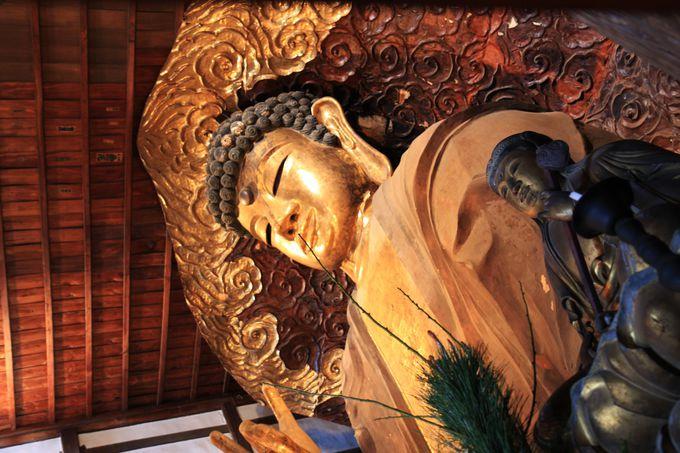 像高は約13.6メートル。奈良の大仏様と大差ない大きさ